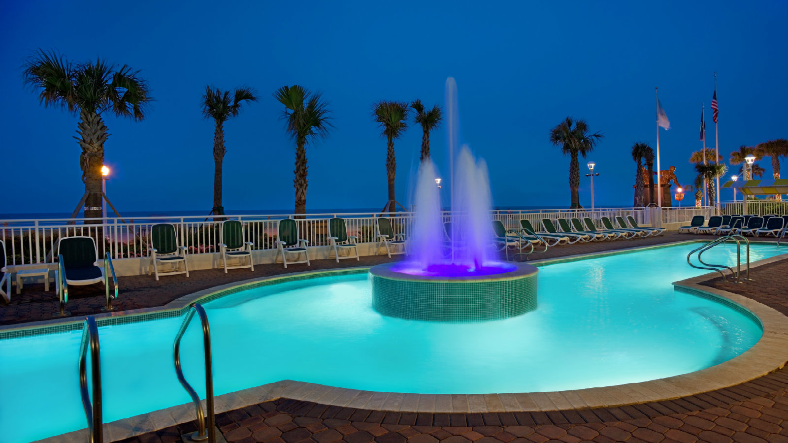 Beach Front Outdoor Pool At Sheraton Virginia Oceanfront Hotel